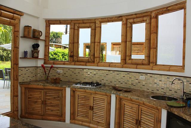 Instalaci n de accesorios de ba o y cocina hogar reparaci n for Accesorios para bano y cocina